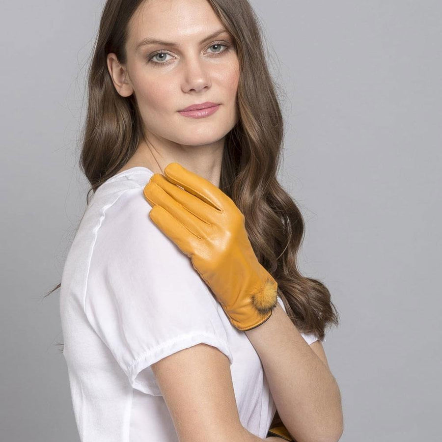 jayley leather glove with mink bobble - JAVELIN