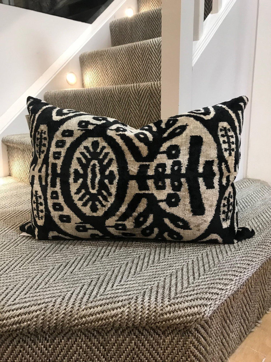 my doris semra black pop colour cushion - JAVELIN