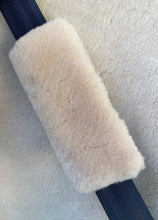 Load image into Gallery viewer, Sheepskin Seat Belt Covers