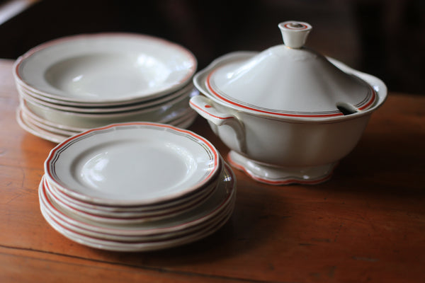 Rare Arabia Dinner Service from Finland 1932 - 1949
