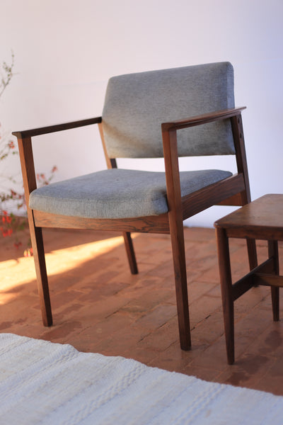 Palisander Mid Century Waiting Chairs