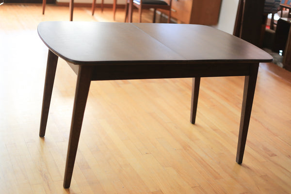 Vintage Solid Wood Extendable Dining Table