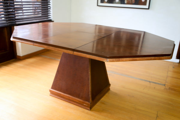 Extendable Octagonal Dining Table