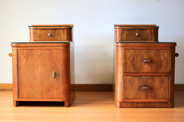 Two Duros Bedside Cabinets