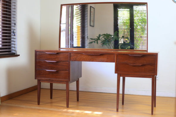 Solid Wood E E Meyer Dressing Table