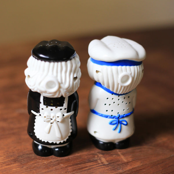 Talking and Sneezing Salt and Pepper Pair