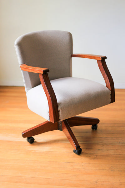 Early 20th Century Duros Swivel Chair