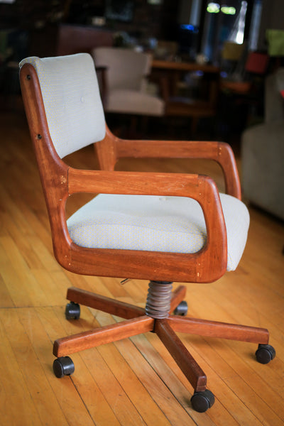 Upholstered Mid Century Modern Office Chair