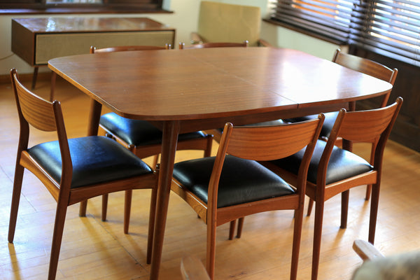 Duros Dining Set