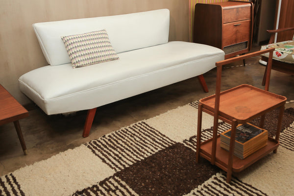 White Vinyl Sleeper Couch