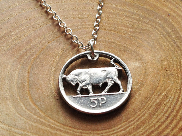 "Handcut Irish coin ""Bull"" necklace (5p)"