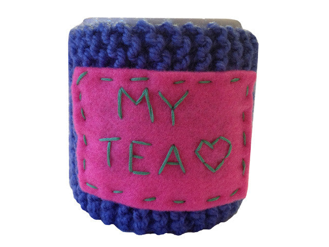 "Knitted cozy mug warmer ""My tea"""
