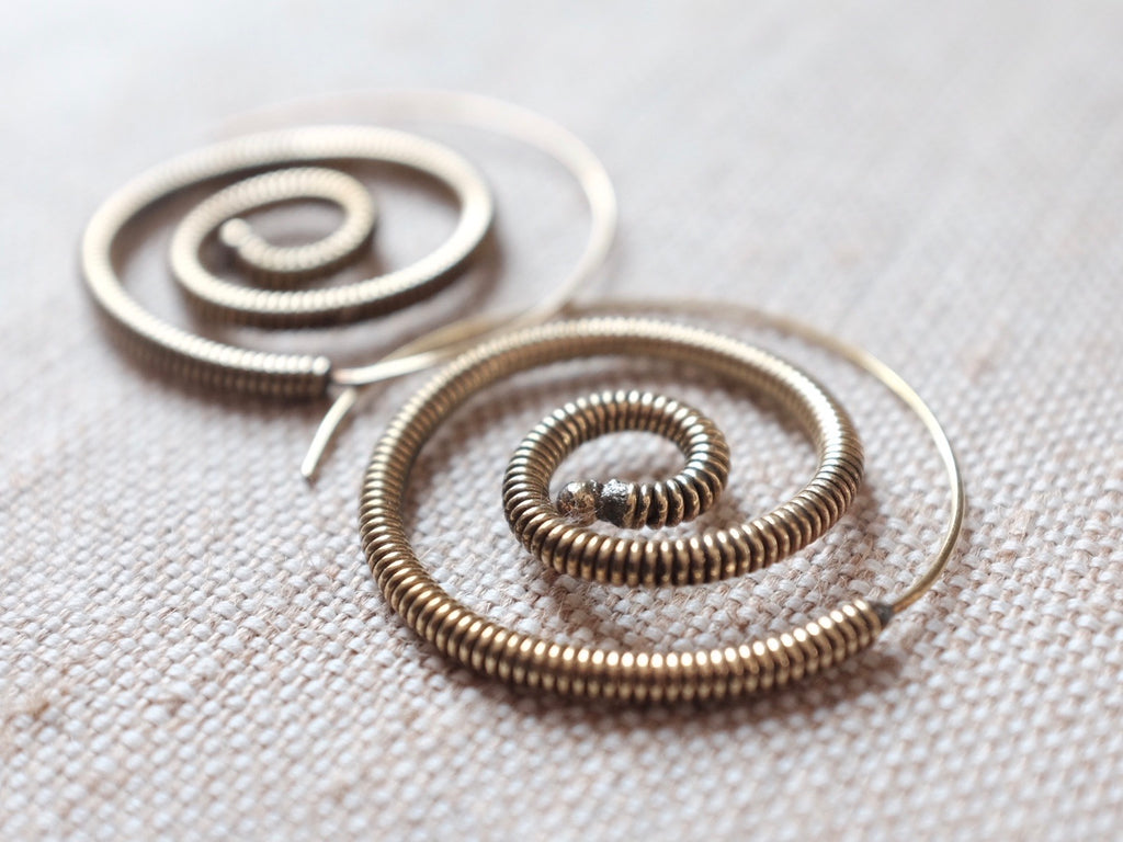 HC SPIRAL earrings