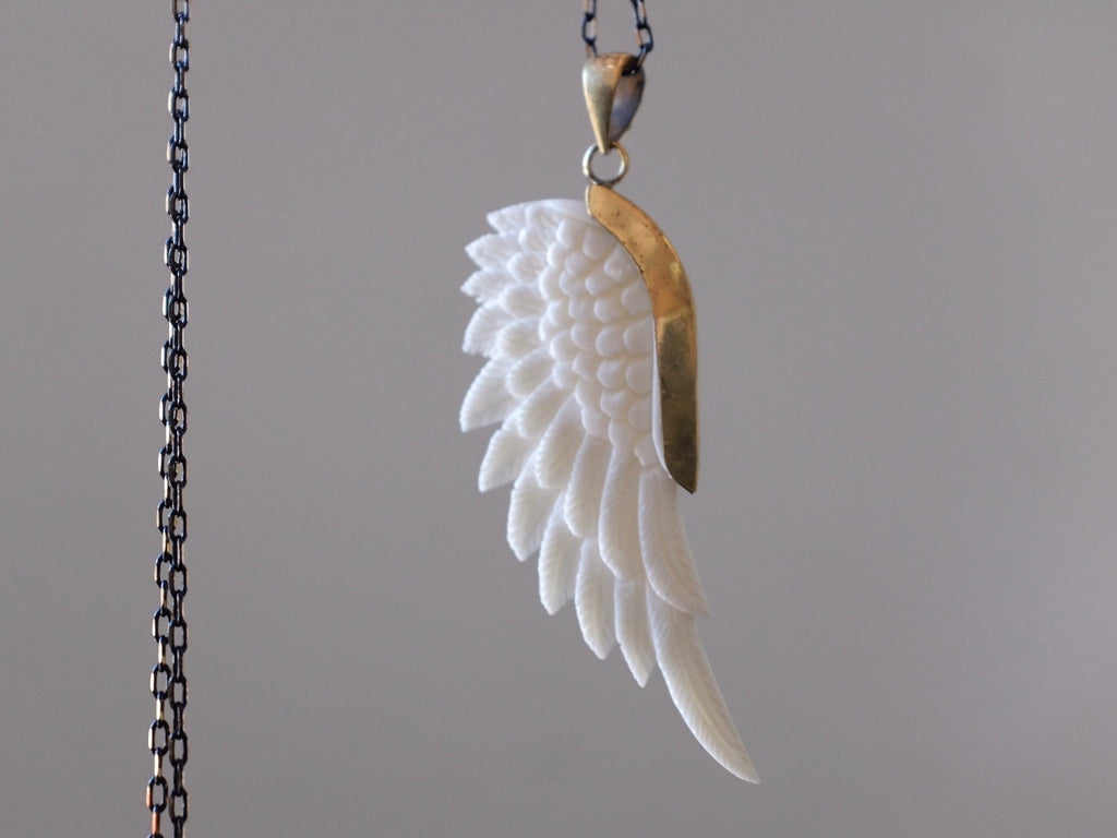 Magic ANGEL WING necklace