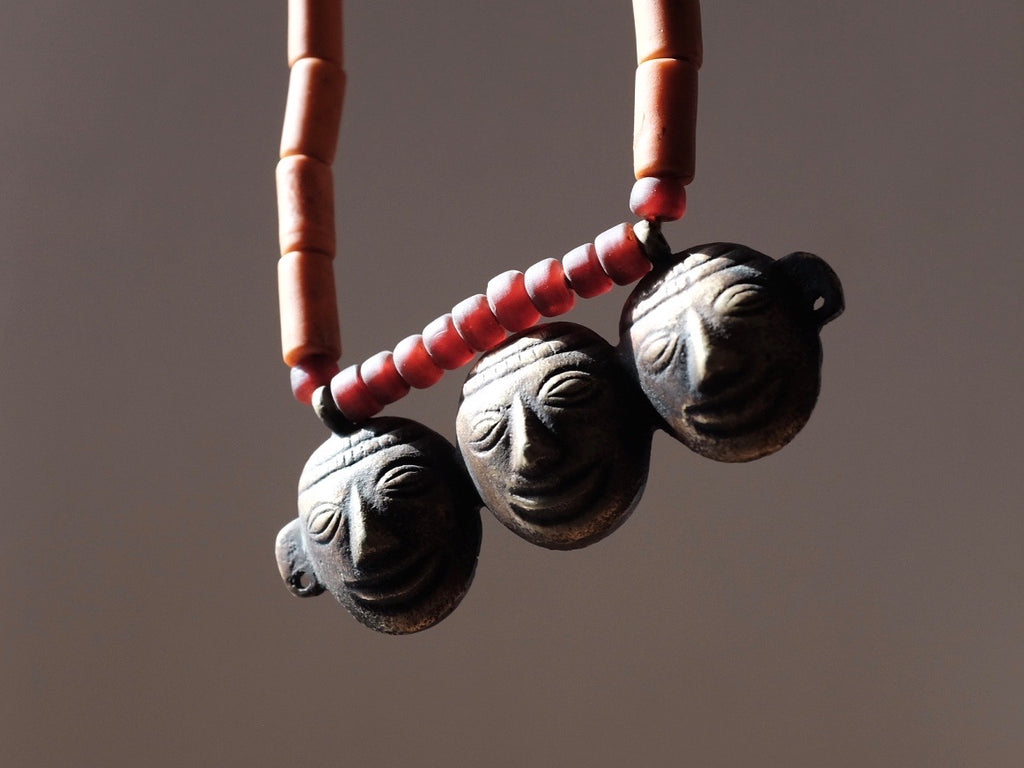 Tribal FACES necklace - Nepal
