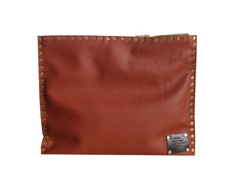 "MAgne ""BoBo"" leather clutch bag"