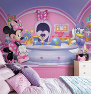 Minnie Fashionista XL Wallpaper Mural 10.5' x 6' roomset