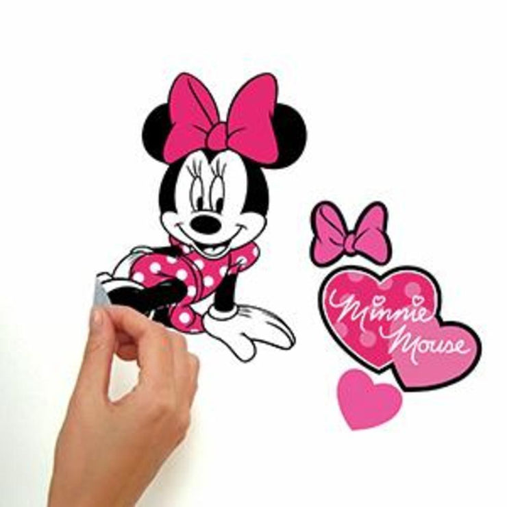 Minnie Loves Pink Wall Decals peel