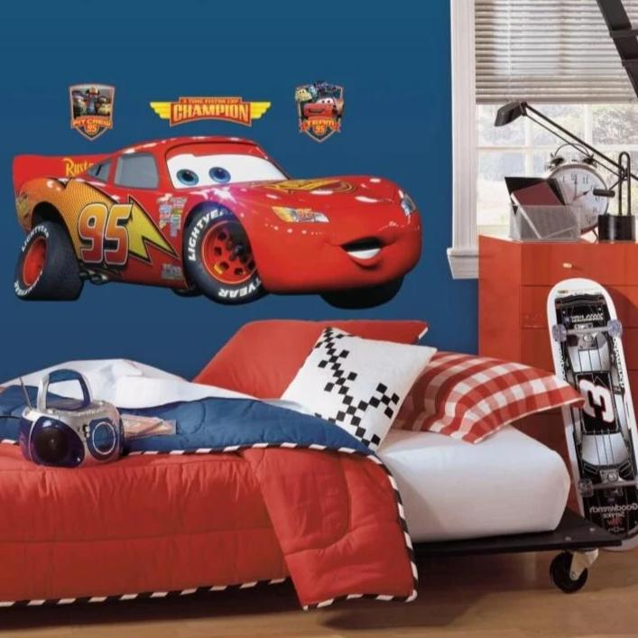 Cars Lightning McQueen Giant Wall Decal roomset