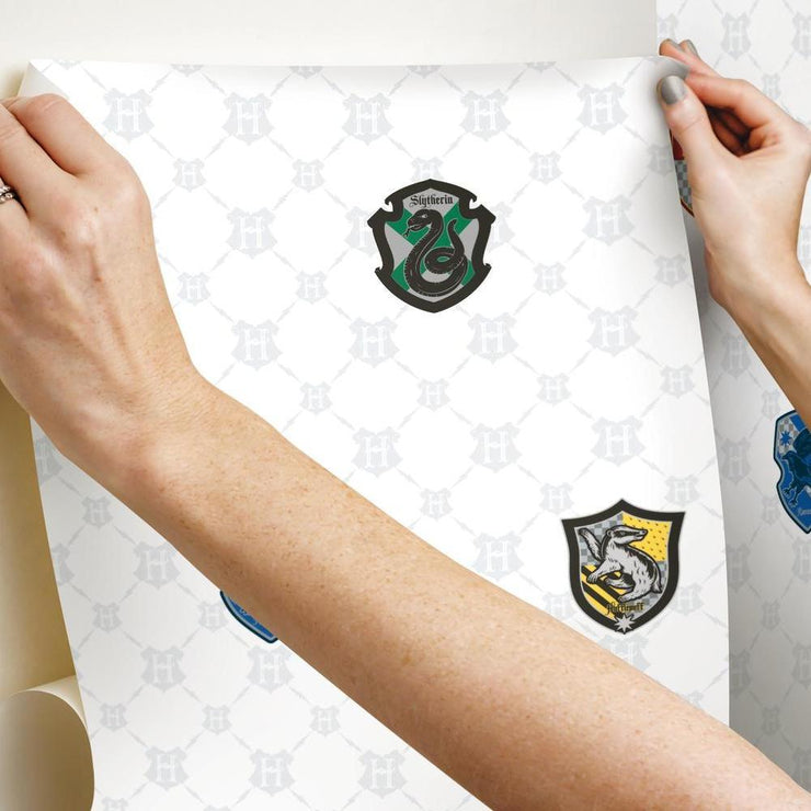 Harry Potter House Crest Peel and Stick Wallpaper hang
