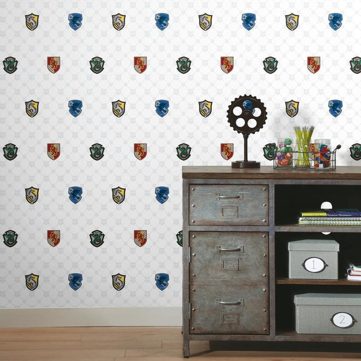 Harry Potter House Crest Peel and Stick Wallpaper roomset 2