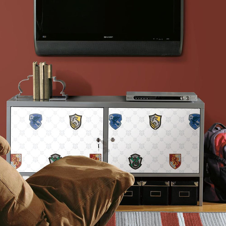 Harry Potter House Crest Peel and Stick Wallpaper roomset 3