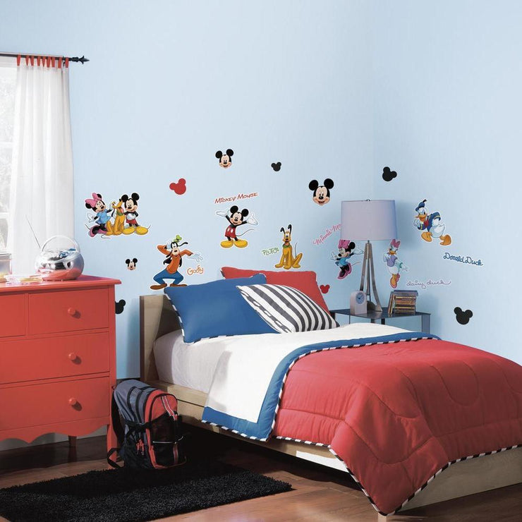 Mickey & Friends Wall Decals roomset