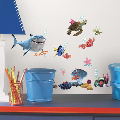 Disney Pixar Finding Nemo Wall Decals roomset