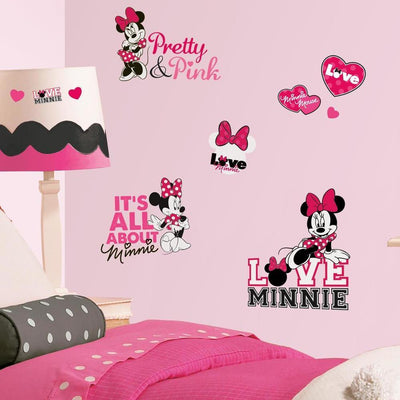 Minnie Loves Pink Wall Decals roomset