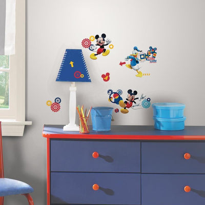 Mickey Mouse Clubhouse Capers Wall Decals roomset