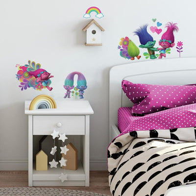 Trolls Movie Peel and Stick Wall Decals With Glitter roomset 2
