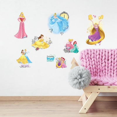 Disney Princess Friendship Adventures Wall Decals With Glitter roomset