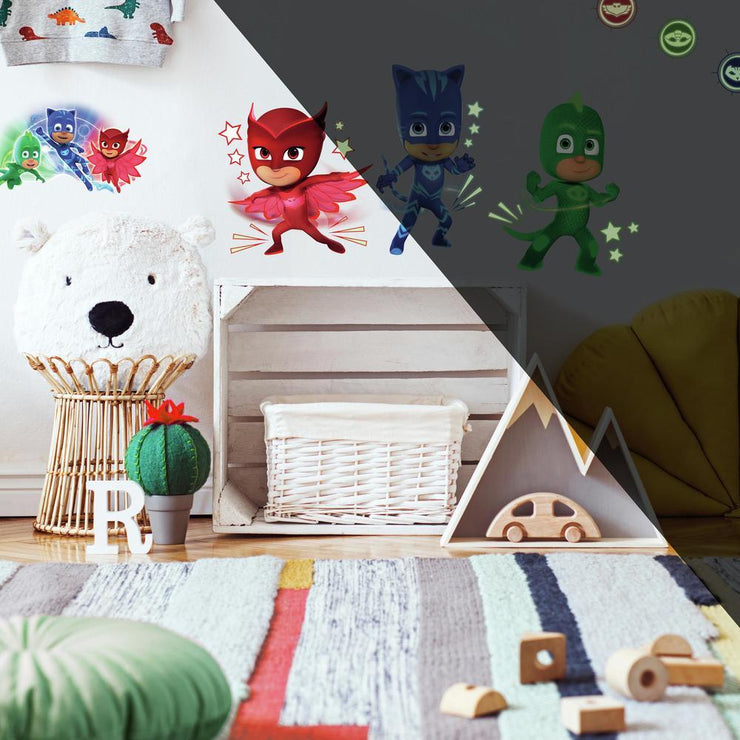 PJ Masks Peel and Stick Wall Decals with Glow roomset 2