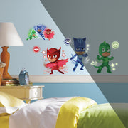 PJ Masks Peel and Stick Wall Decals with Glow roomset