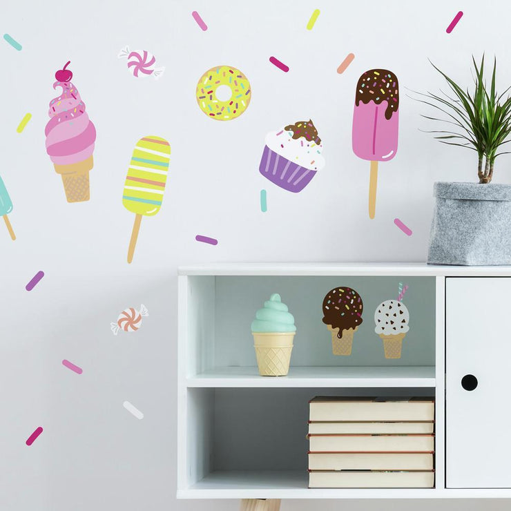 Sweet Treats Wall Decals roomset 2