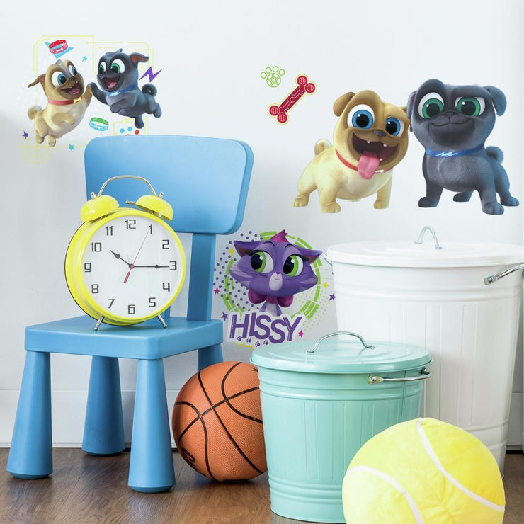 Puppy Dog Pals Peel and Stick Wall Decals roomset