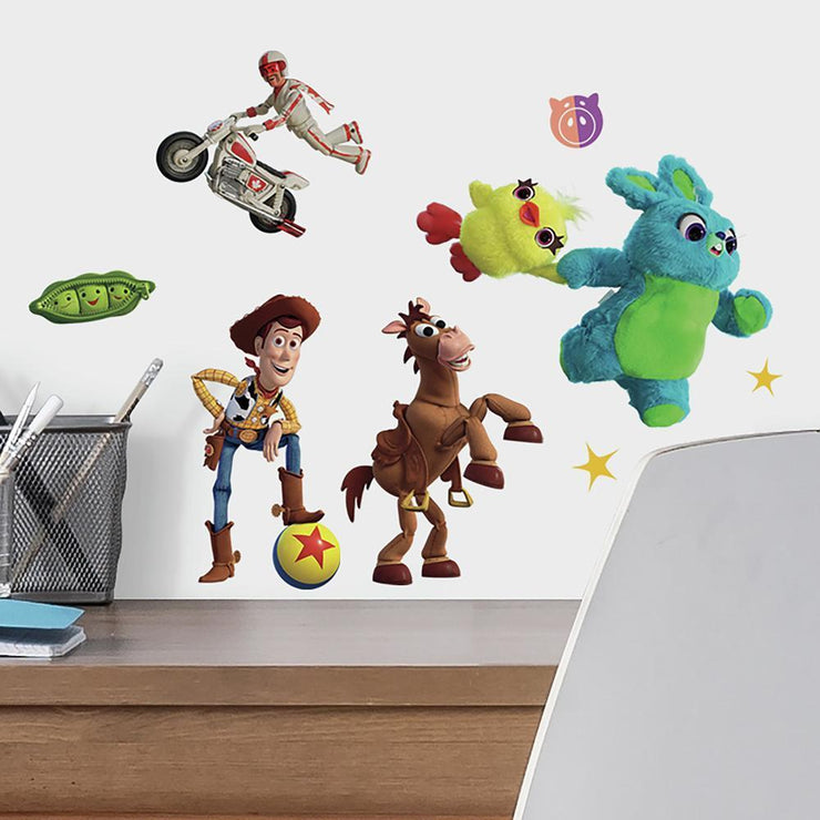 Toy Story 4 Peel and Stick Wall Decals roomset