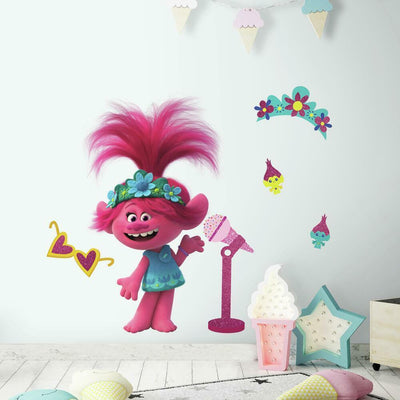 Trolls World Tour Poppy Giant Wall Decal with Glitter roomset