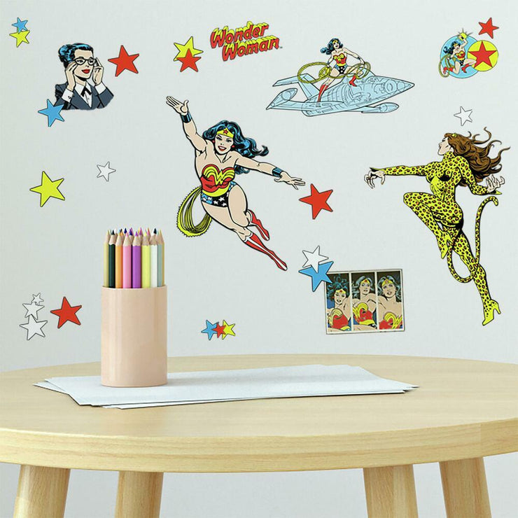 Wonder Woman Cartoon Peel and Stick Wall Decals roomset 2