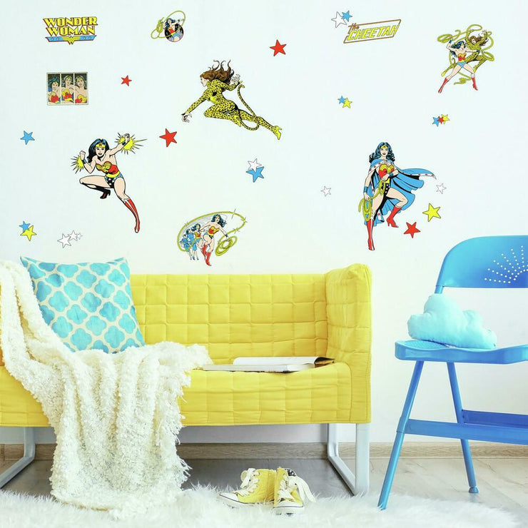 Wonder Woman Cartoon Peel and Stick Wall Decals roomset 3