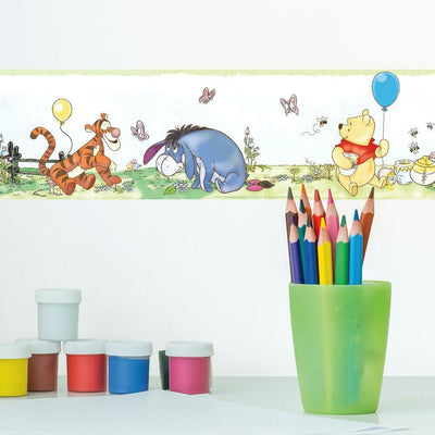 Disney Winnie the Pooh Toddler Peel and Stick Border roomset