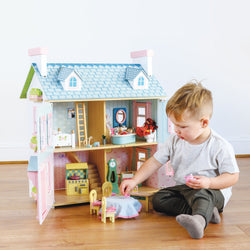 Why imaginative play is so important for your child's development