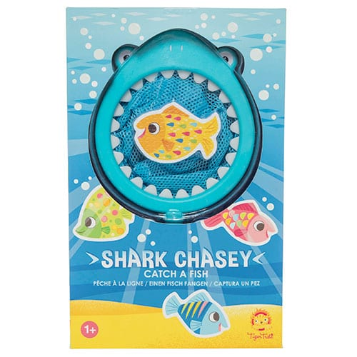 Tiger Tribe Bath Toy Shark Chasey Catch a Fish 6 1513