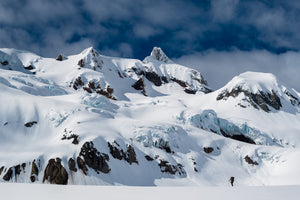 Neve Traverse - Mike Crane Photography