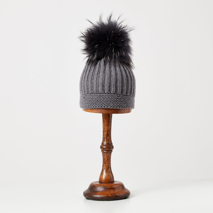 Hat with Pompom | Grey