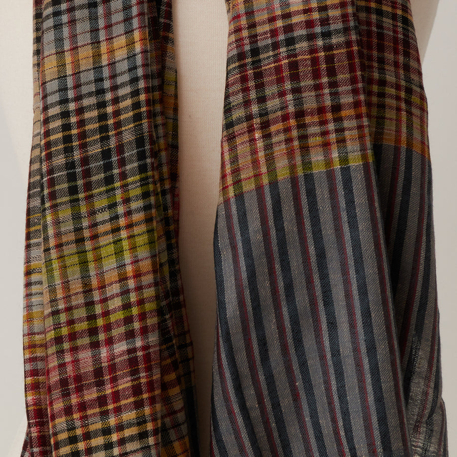 Andraab New Check Shawl