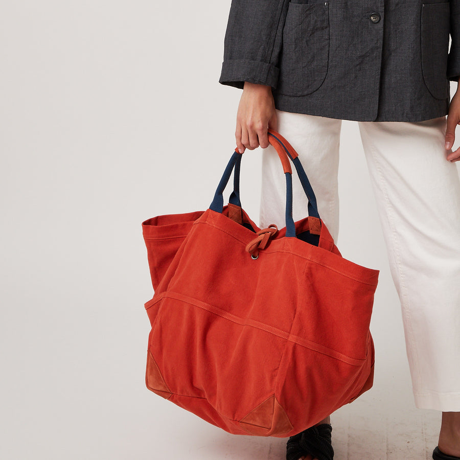 Canvas Medium Tote with Pockets