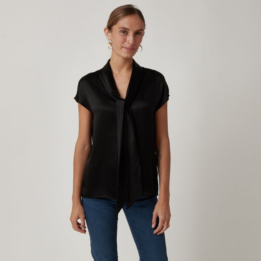 QL2 Black Silk Top