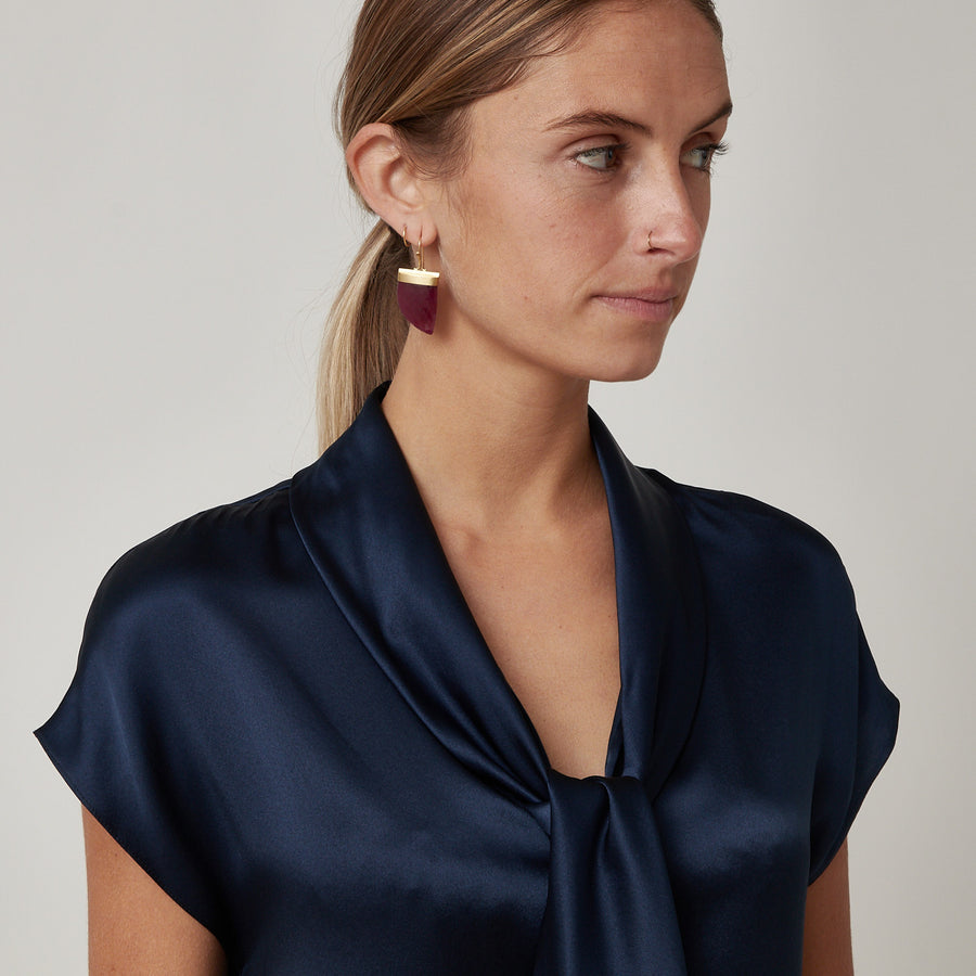 QL2 Navy Silk Top