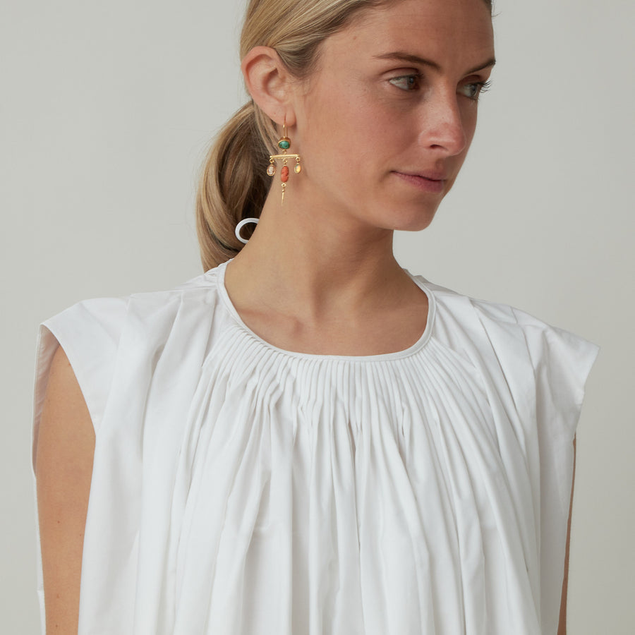 Arch The Sleeveless Top